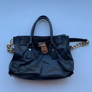 Michael KORS black leather tote bag with gold lock